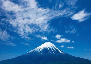 富士山と青空の写真素材 [FYI03860827]