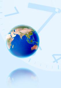 地球と時計の写真素材 [FYI03861023]