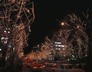 ライトアップされた川崎駅前  神奈川県の写真素材 [FYI03861214]