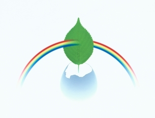 割ったタマゴと葉と虹のイラスト素材 [FYI03861499]