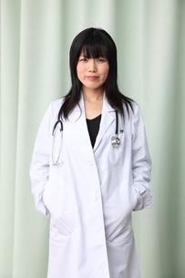 日本人女医の写真素材 [FYI03863953]