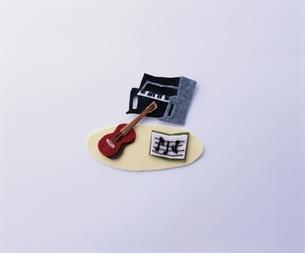 ミニチュアの音楽楽器 クラフトの写真素材 [FYI03863959]