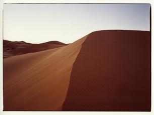 サハラ砂漠 モロッコの写真素材 [FYI03867749]