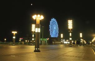 夢の大橋から見たパレットタウン観覧車の写真素材 [FYI03869401]