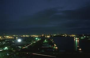 千葉の港湾の夜景の写真素材 [FYI03870156]