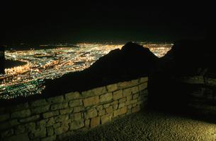 テーブルマウンテン山頂の風景の写真素材 [FYI03870561]