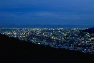 シグナルヒルから見たケープタウン市街の写真素材 [FYI03870565]