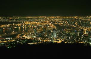 シグナルヒルから見たケープタウン市街の写真素材 [FYI03870566]