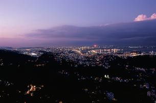 ドナ・マルタ展望台から見た夜景の写真素材 [FYI03870767]