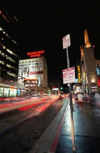 ハリウッド通りの夜景の写真素材 [FYI03870790]