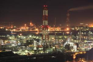 鷲羽山スカイラインからの望む水島コンビナートの夜景の写真素材 [FYI03871172]