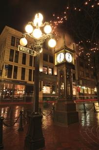 ギャスタウンの蒸気時計の写真素材 [FYI03871258]