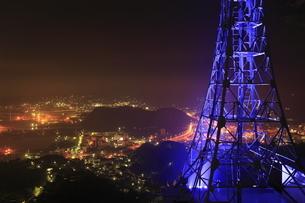 測量山から望む室蘭の夜景の写真素材 [FYI03871401]