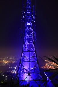 測量山から望む室蘭の夜景の写真素材 [FYI03871402]