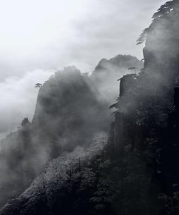 黄山 排雲亭の写真素材 [FYI03871906]
