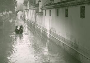 古街の運河の写真素材 [FYI03872007]
