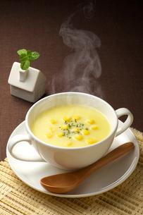 コーンスープの写真素材 [FYI03875645]