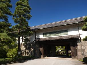 皇居 平川門の写真素材 [FYI03876483]
