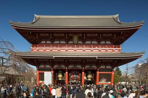 浅草寺・宝蔵門の写真素材 [FYI03876509]