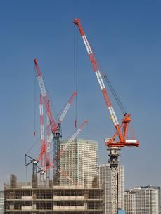 高層ビルの建設現場の写真素材 [FYI03876711]