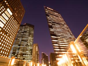 東京都 汐留の高層ビル街の写真素材 [FYI03876782]