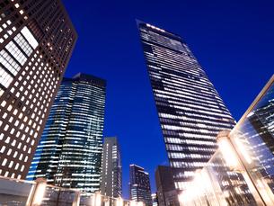 東京都 汐留の高層ビル街の写真素材 [FYI03876783]