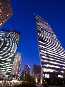 東京都 汐留の高層ビル街の写真素材 [FYI03876785]