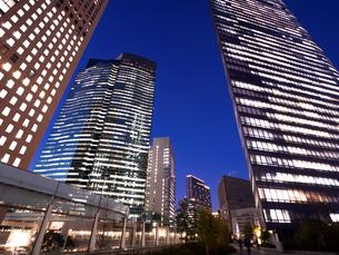 東京都 汐留の高層ビル街の写真素材 [FYI03876786]