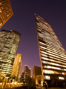 東京都 汐留の高層ビル街の写真素材 [FYI03876787]