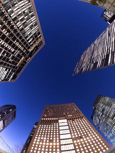 東京都 汐留の高層ビル街の写真素材 [FYI03876788]