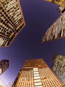 東京都 汐留の高層ビル街の写真素材 [FYI03876789]