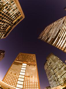 東京都 汐留の高層ビル街の写真素材 [FYI03876796]