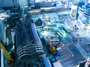 工事中の渋谷駅の写真素材 [FYI03876839]