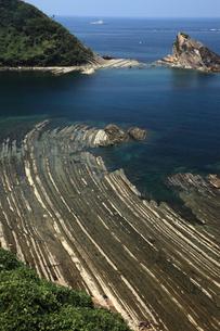島根半島の洗濯岩 -砂岩・泥岩・凝灰岩がつくる縞模様-の写真素材 [FYI03876995]
