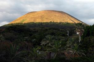 五島列島 鬼岳 -玄武岩噴石丘-の写真素材 [FYI03877050]