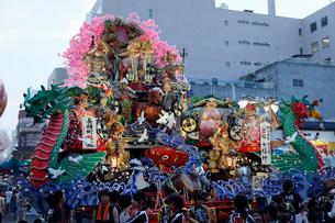 8月夏 東北の八戸三社大祭の写真素材 [FYI03877115]