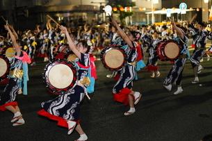 8月夏 盛岡さんさ踊り 東北の夏祭りの写真素材 [FYI03877133]