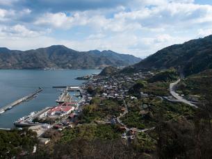 広島 豊島の先に見える大崎下島の写真素材 [FYI03878061]