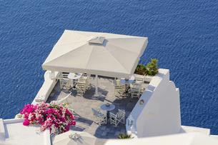 サントリーニ島イアのホテルの写真素材 [FYI03878571]
