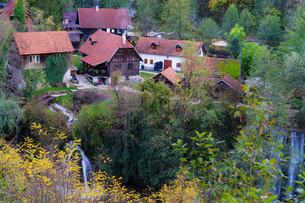 クロアチア ラストケ村の写真素材 [FYI03878812]
