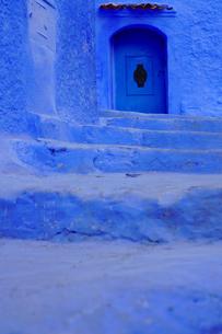 モロッコ シャウエンの街の写真素材 [FYI03879016]