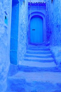 モロッコ シャウエンの街の写真素材 [FYI03879025]