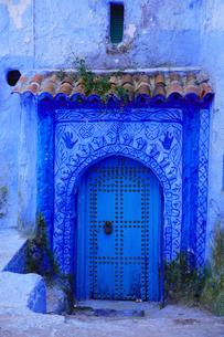 モロッコ シャウエンの街の写真素材 [FYI03879029]