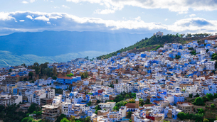 モロッコ シャウエンの街の写真素材 [FYI03879030]