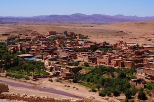 モロッコ アイトベンハッドウの新しい町の写真素材 [FYI03879065]