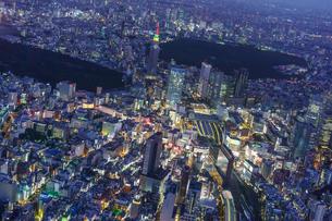 新宿空撮の写真素材 [FYI03879104]