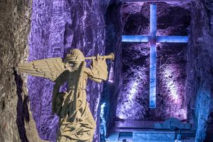 コロンビア シパキラ 塩の教会の礼拝堂の写真素材 [FYI03879241]