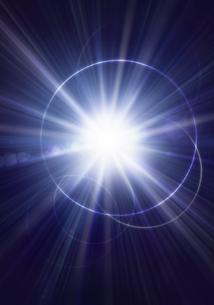 光とリングの光線イメージの写真素材 [FYI03880436]