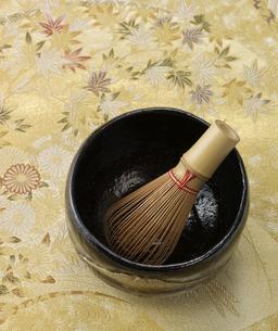 茶碗と茶筅の写真素材 [FYI03881500]