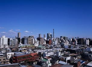 四谷の住宅街より市谷方面を見る 東京都の写真素材 [FYI03883836]